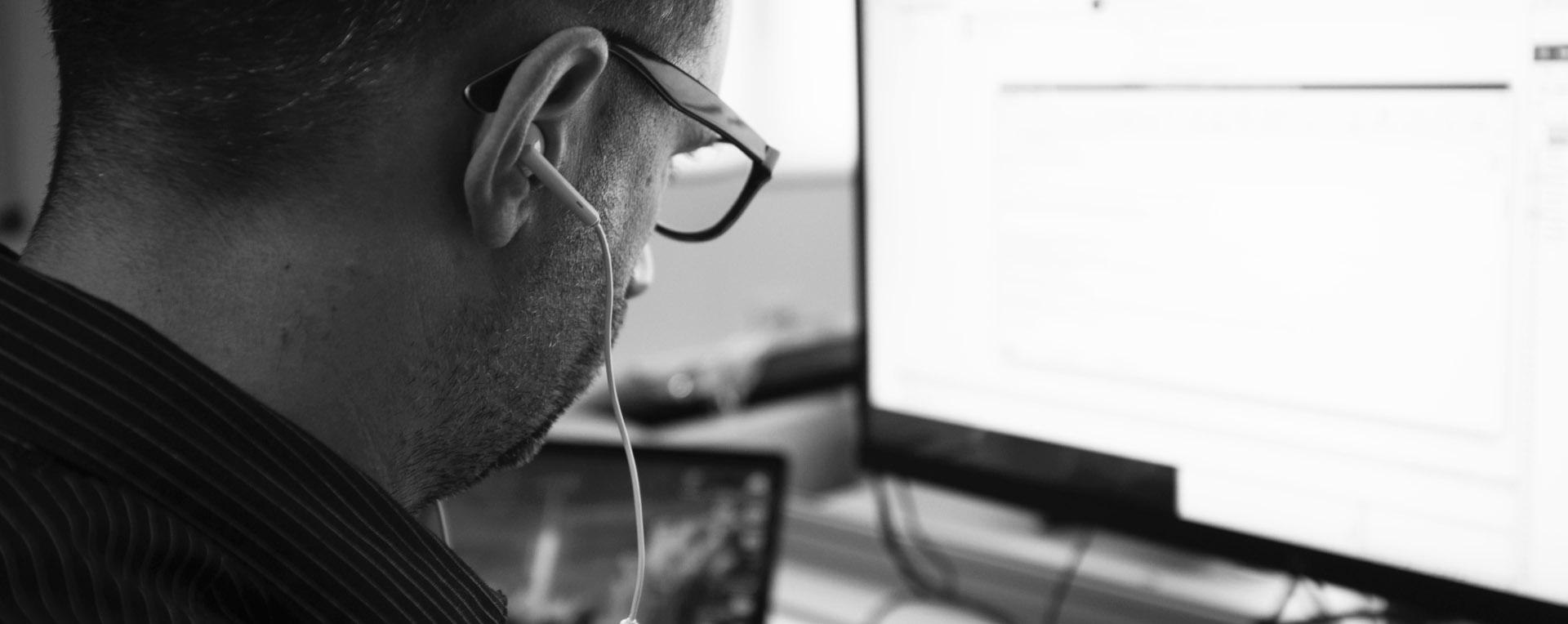 Smart Help Desk supporto alla postazione in Ticino